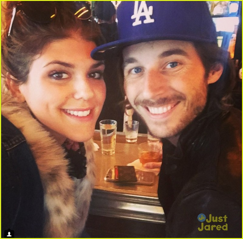 noyes dating Moving towards her personal life, niles is married to matt noyes after dating for several monthsthey have not given birth to any child till now, but niles has a child with her previous husband.