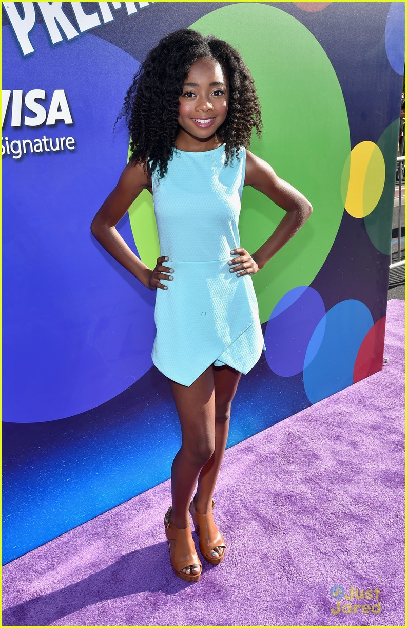 Rowan Blanchard Amp Veronica Dunne Rep Disney Channel At
