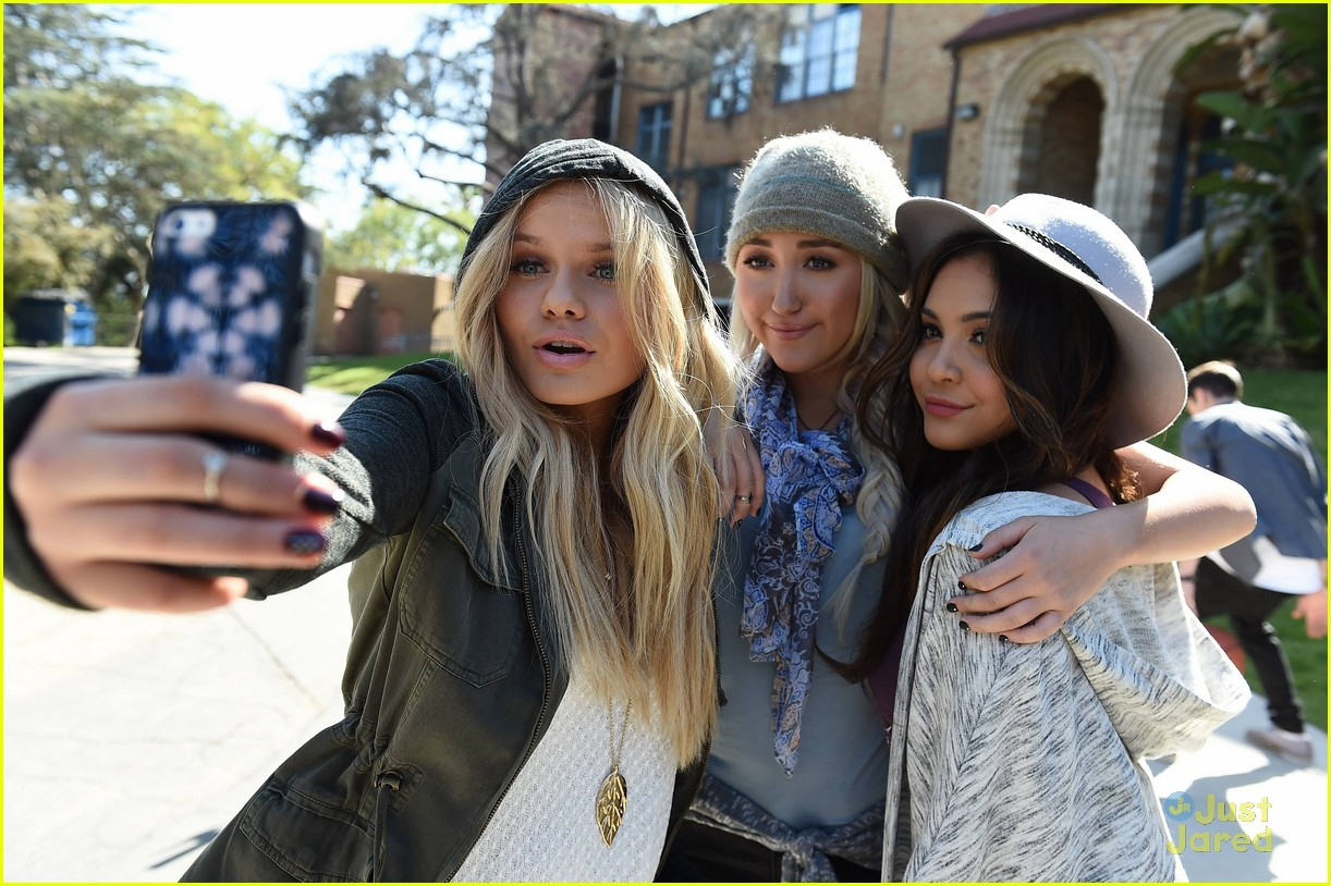 Stella Hudgens, Noah Cyrus & Alli Simpson Return For Mudd ...
