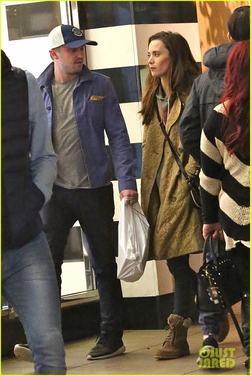 tom felton jade olivia grove xmas shopping 03