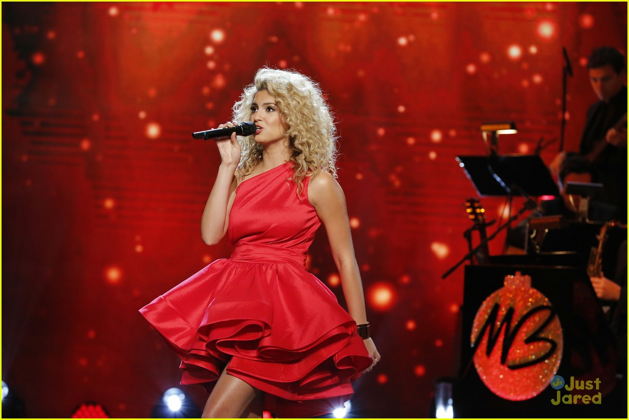 Tori Kelly To Perform On 'Michael Buble's Christmas In Hollywood ...