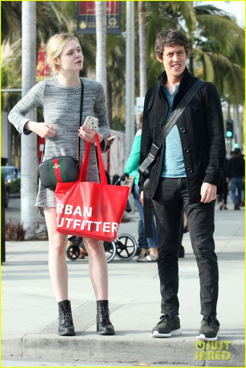 Elle Fanning And Boyfriend Elle Fanning Sh...