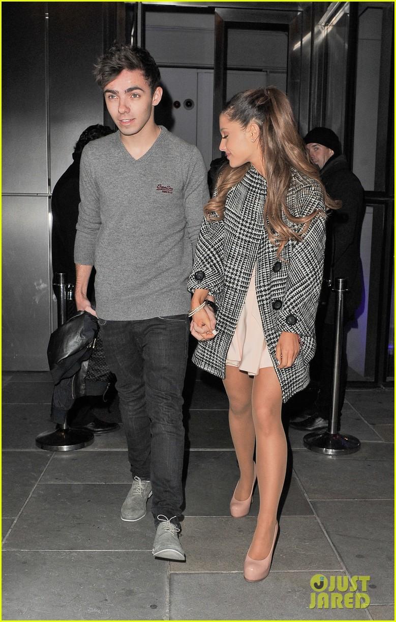 Ariana Grande Dating Nathan Sykes Again