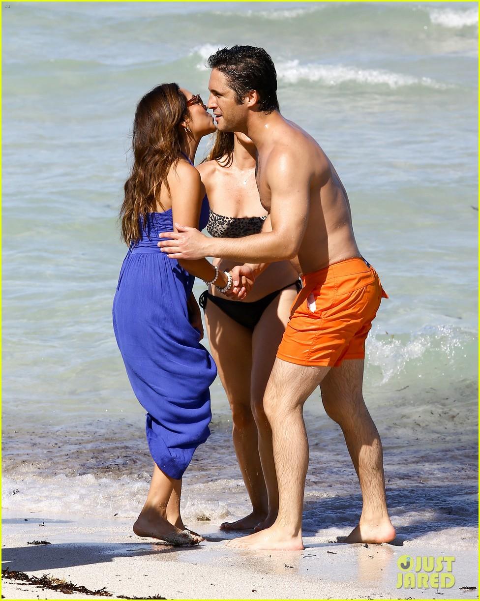 Full Sized Photo of diego boneta shows off his buff chest ... Jared Leto