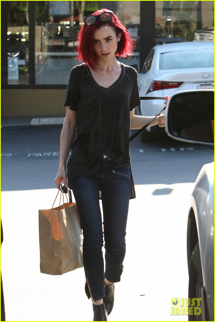 pics for gt lily collins red hair color