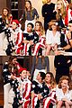 Tay-couple1 taylor swift tom hiddleston lap fourth of july 02