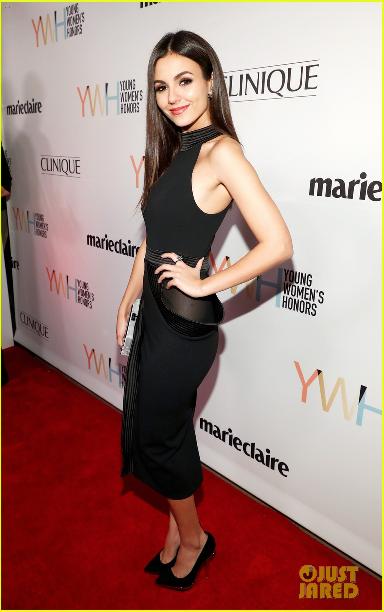 victoria justice simone biles stun at young womens honors 01