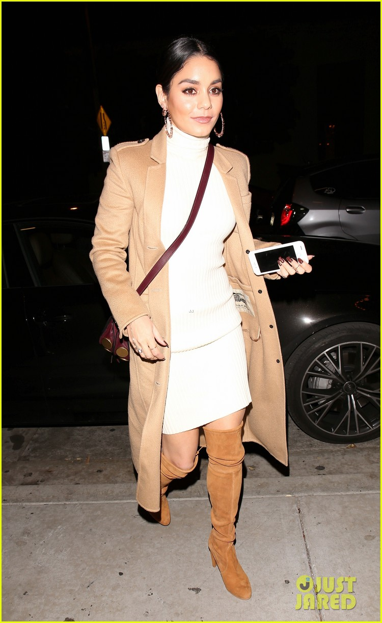 vanessa hudgens austin butler step out for date night 03