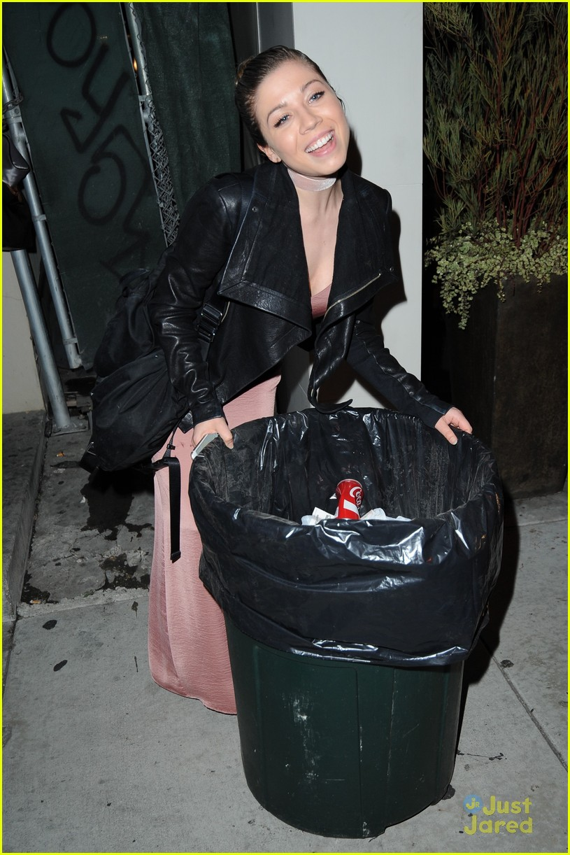 jennette mccurdy poses trash can dove cameron crush 02