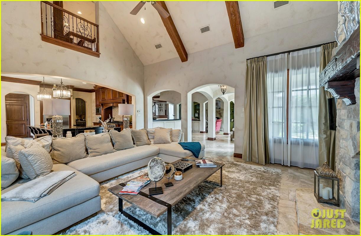 Go inside selena gomez 39 s texas dream home photo 1070868 - Maison de selena gomez ...