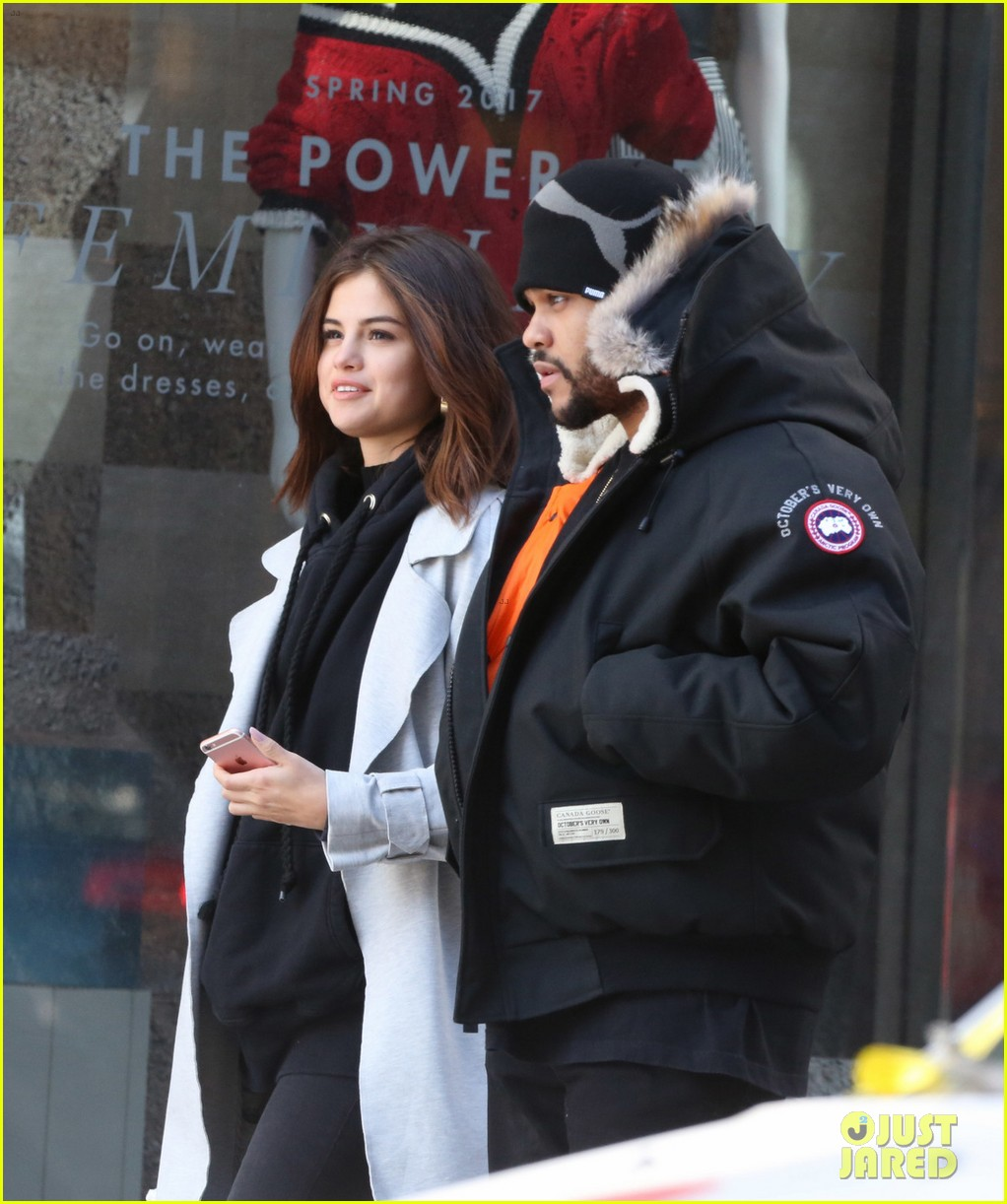 selena gomez the weeknd flaunted some pda in toronto 04