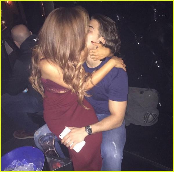 jesy nelson chris clark dating kiss 01