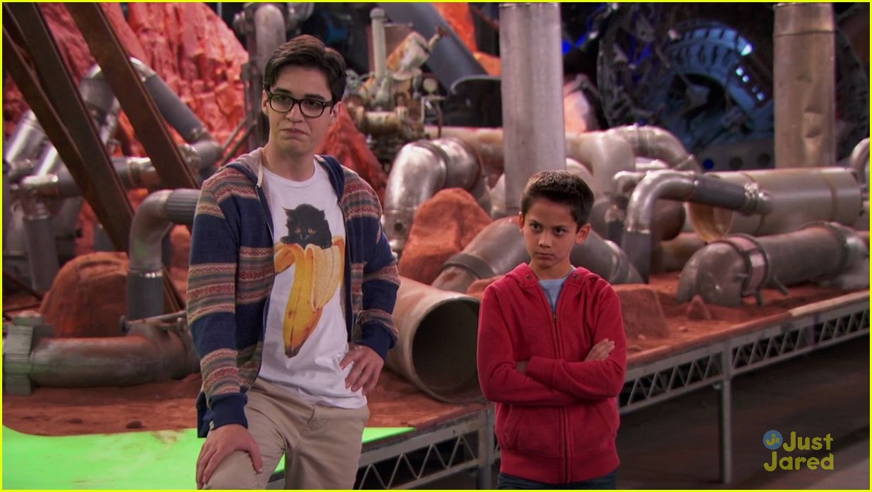 joey rooney joey bragg cat obsession liv maddie 01