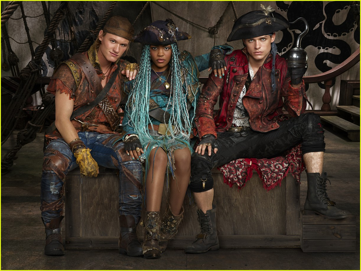 descendants 2 premiere date summer 01