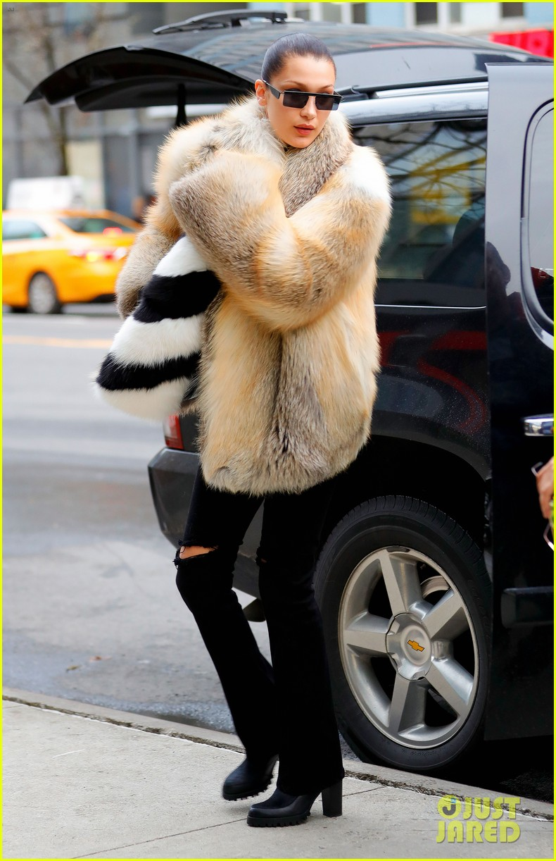 bella hadid shows off her stylish side in nyc 09