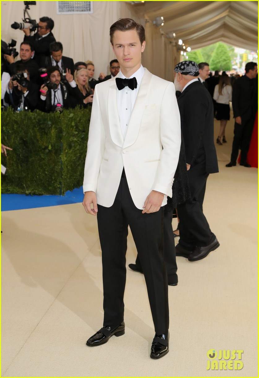 ansel elgort suits up for met gala01