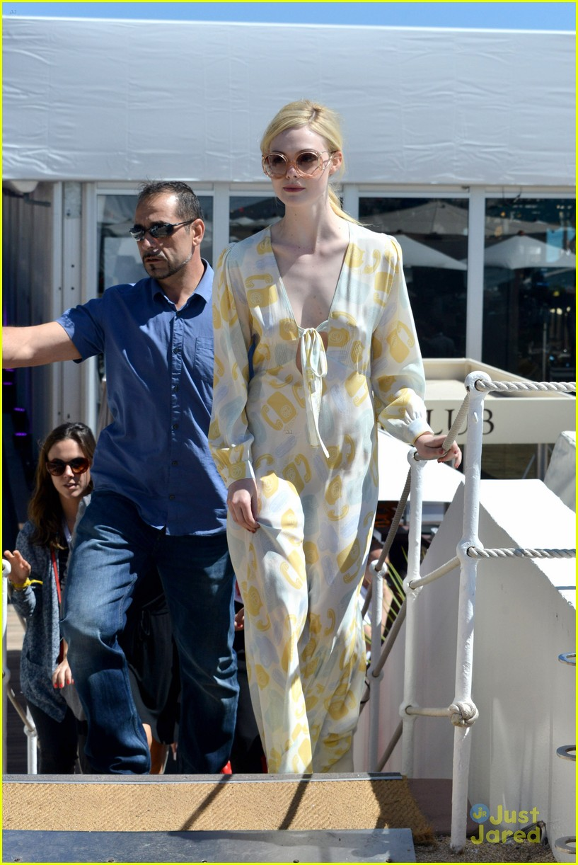 elle fanning out cannes special pjs 19