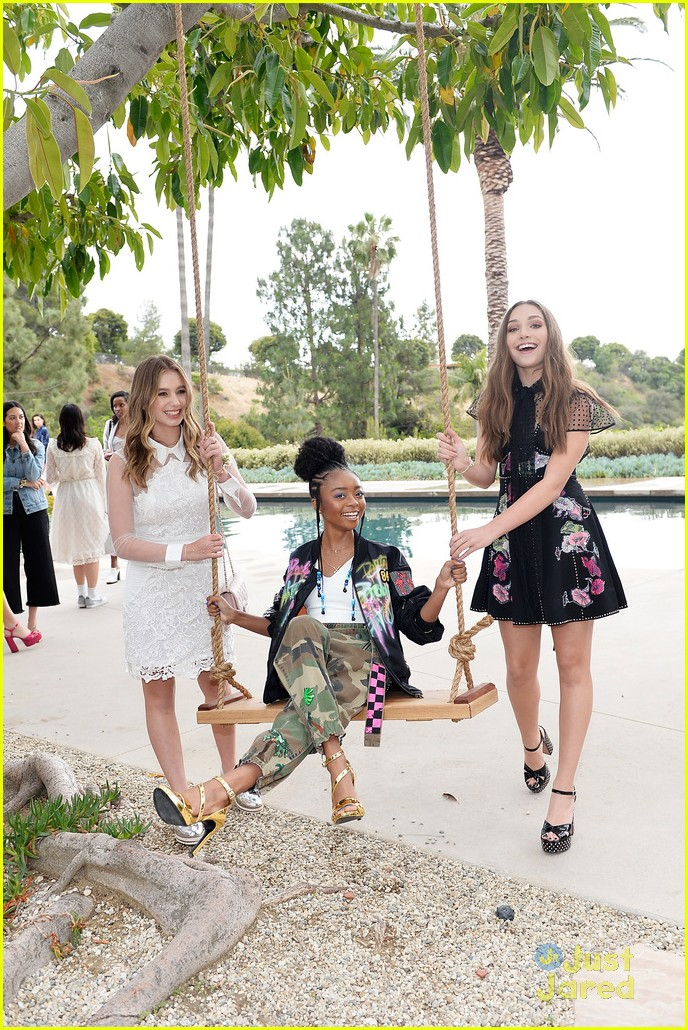 madisyn shipman lizzy greene marc jacobs event 03