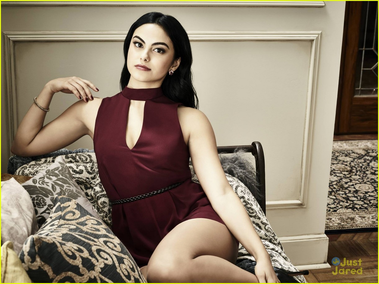 camila mendes social media influence riverdale season two 03