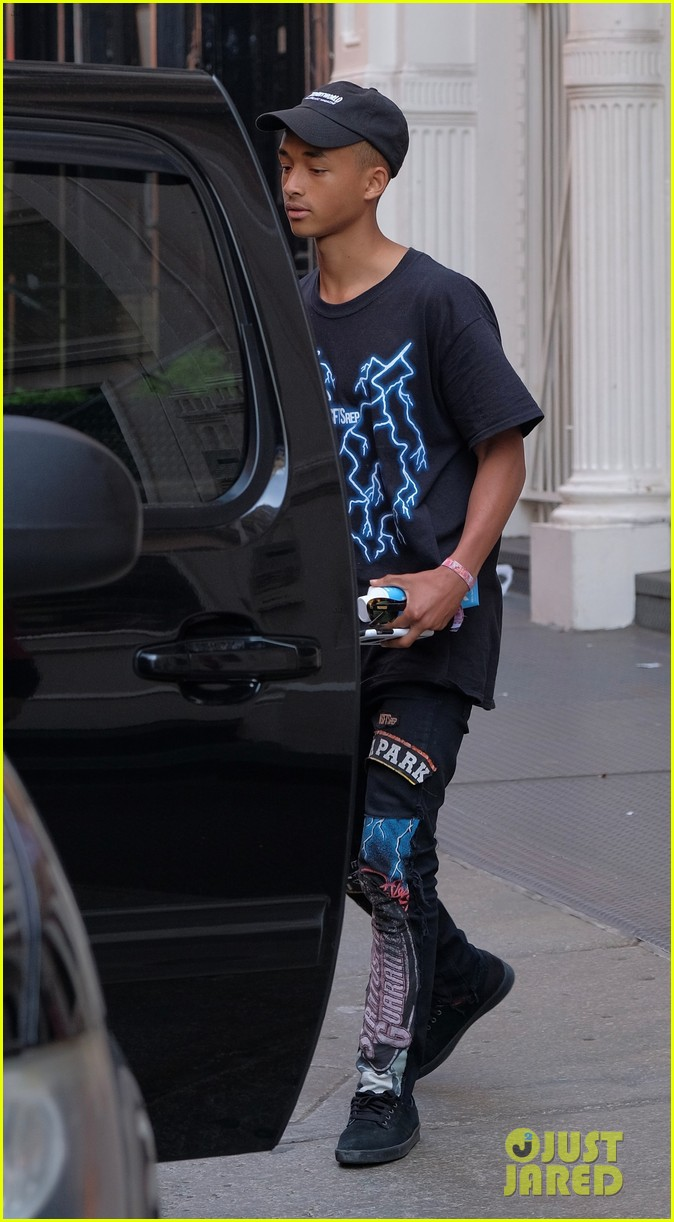 jaden willow smith moved out of parents house 15