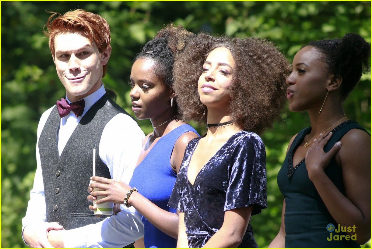 riverdale wedding photos set spoilers 02