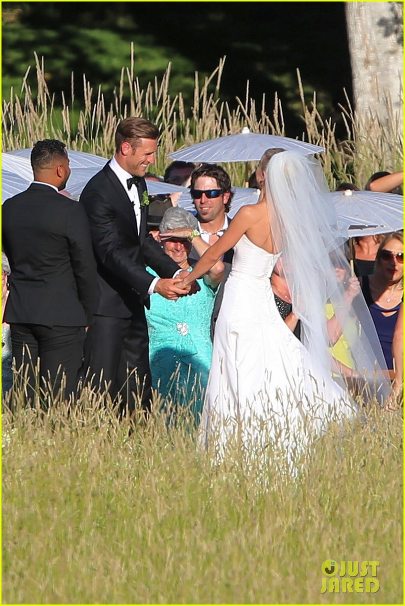 Julianne Houghs Wedding To Brooks Laich Is Download Lengkap