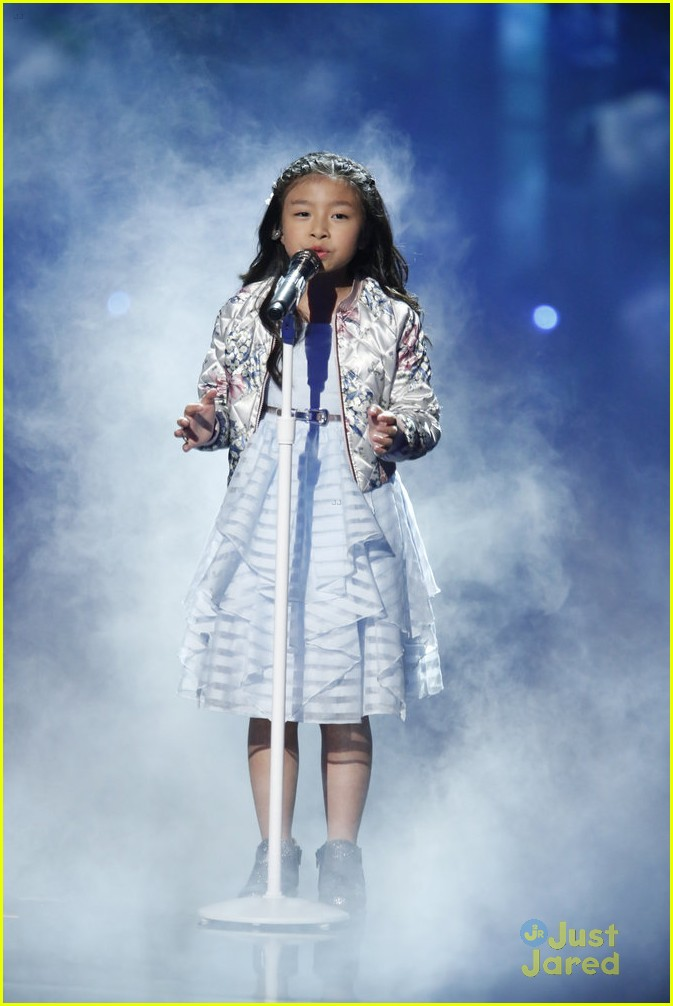 angelica hale country star fan agt carpet semis2 02