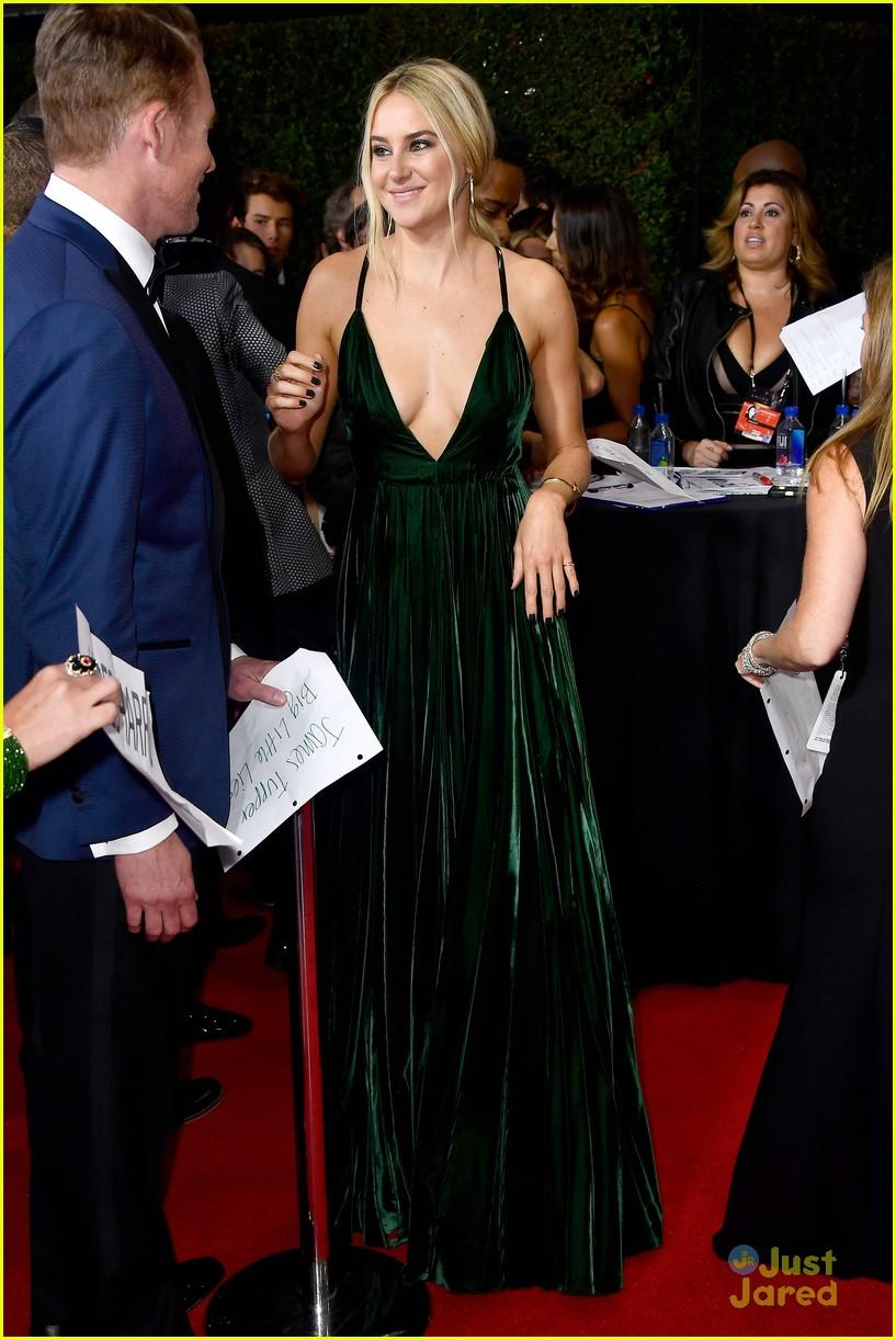 Shailene Woodley Goes ...