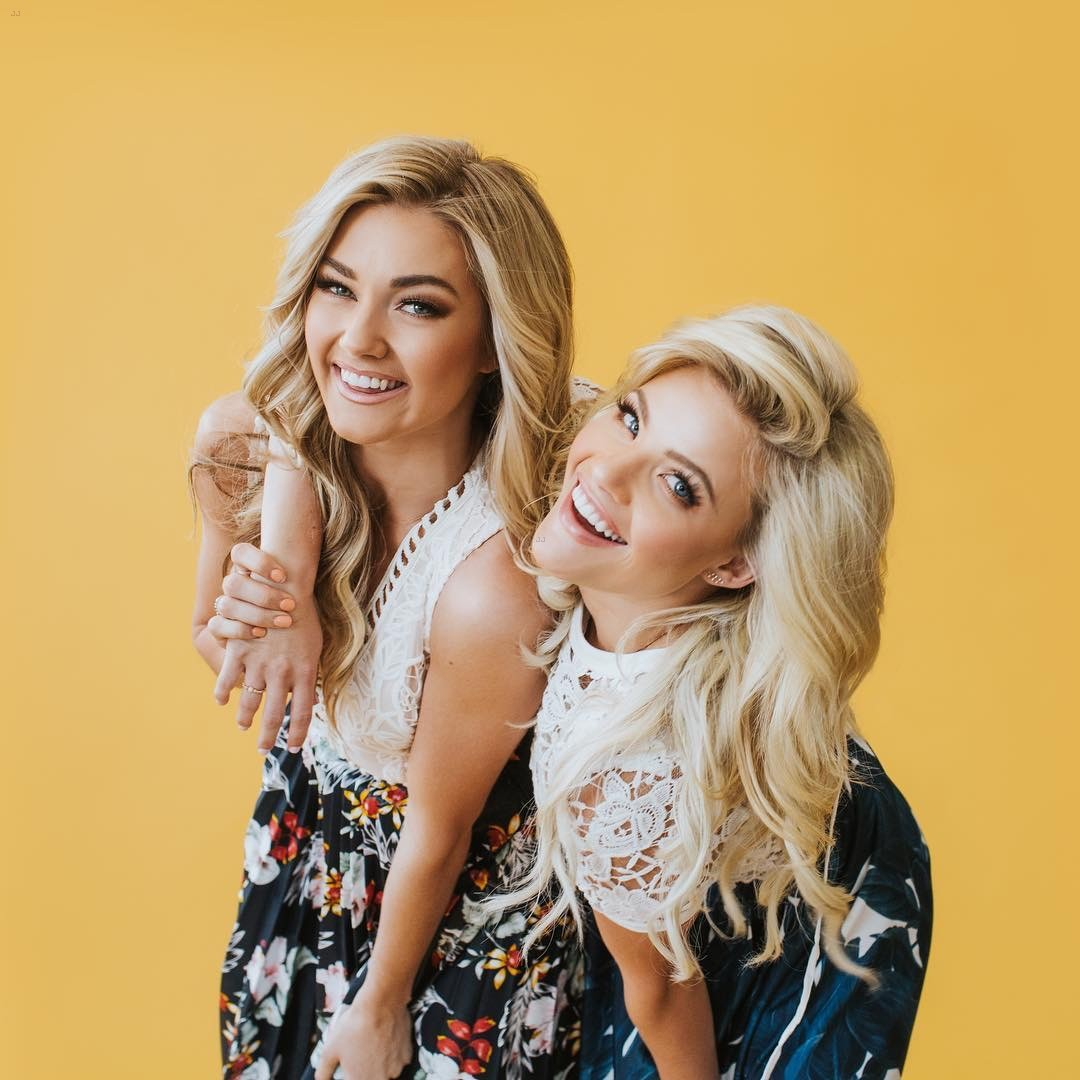 lindsay arnold jenna johnson witney carson friendship excl 01