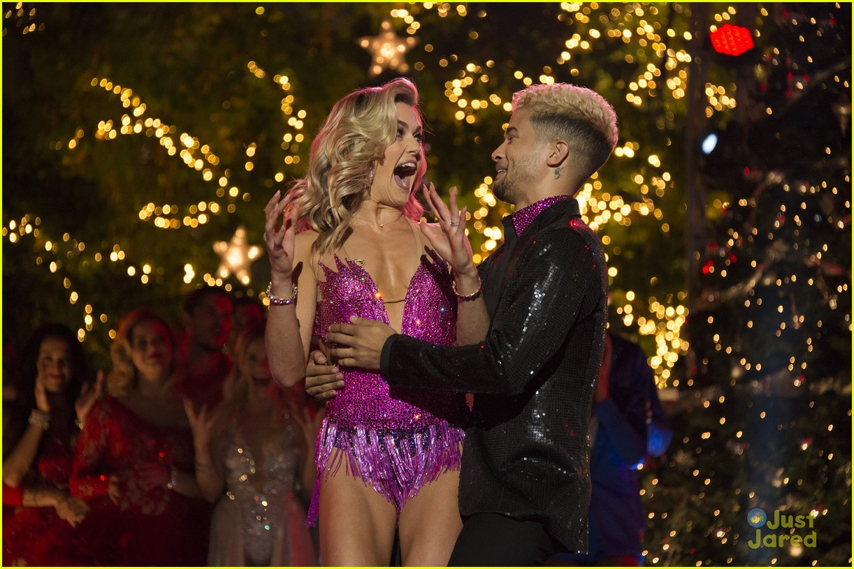 lindsay arnold win dwts25 pros praise comments 01