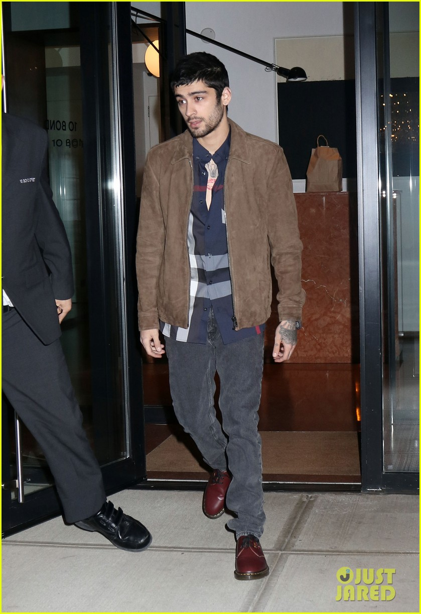 zayn malik steps out after two year anniversary 01