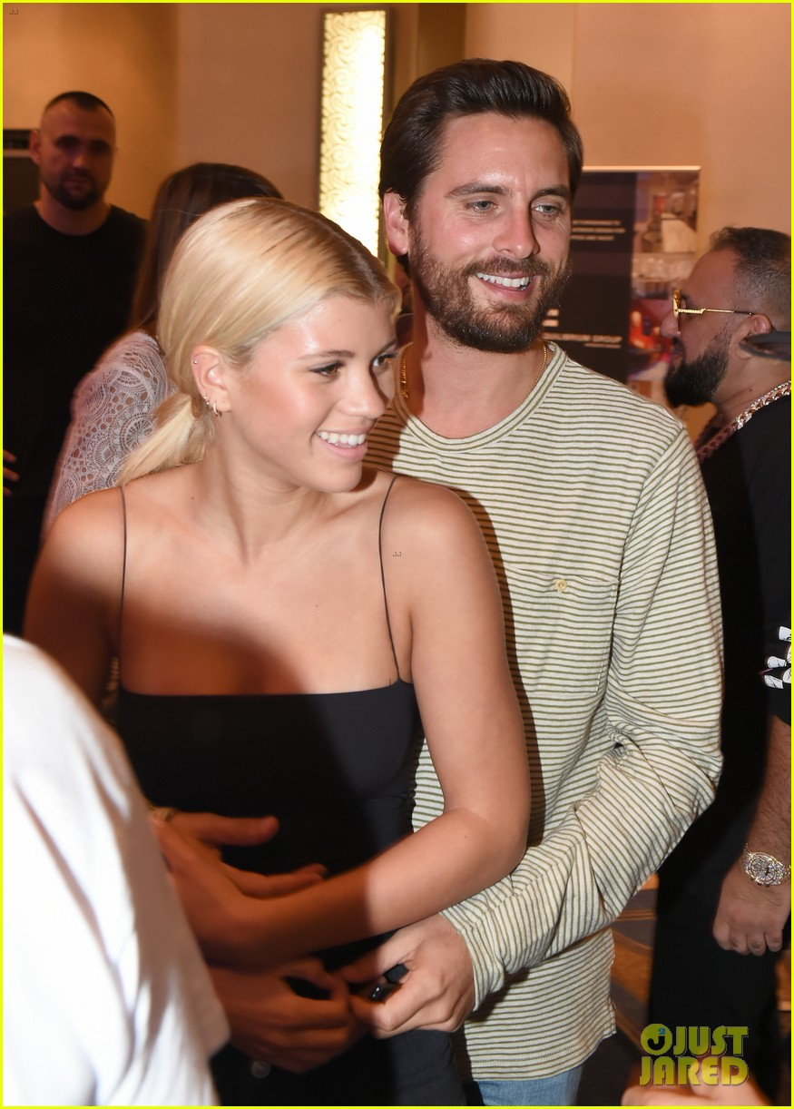scott disick cuddles up to girlfriend sofia richie at art basel event 16