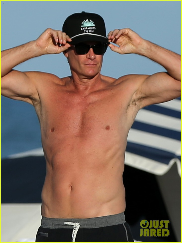 presley gerber dad rande gerber go shirtless in miami 05