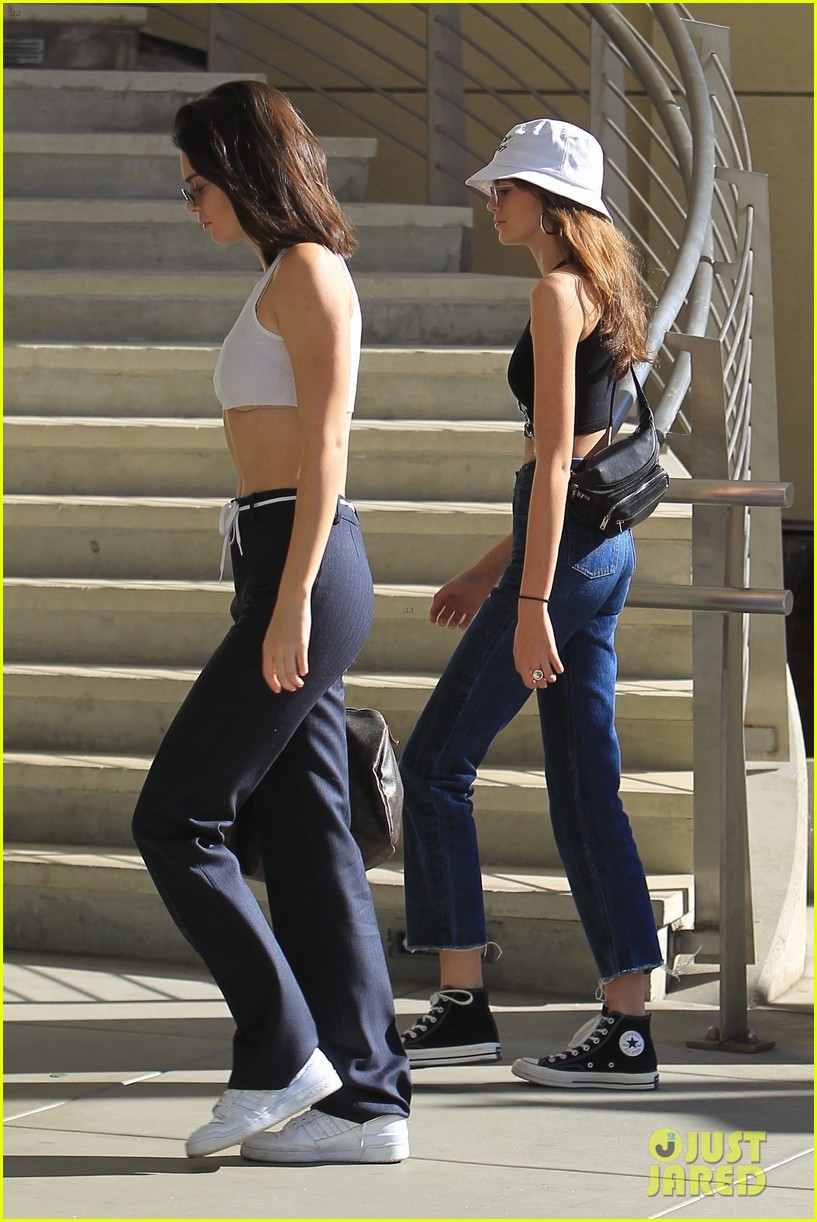kendall jenner and kaia gerber rock crop tops while shopping 02