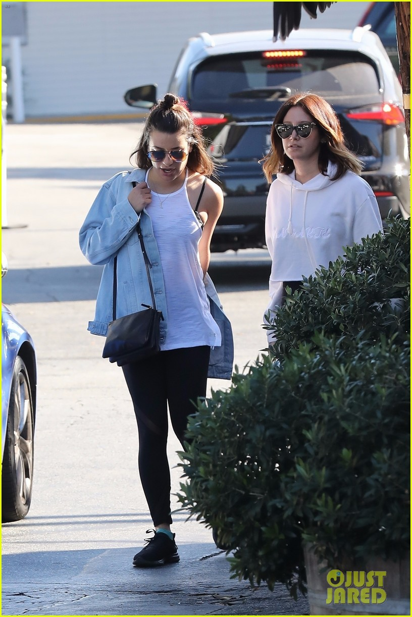 lea michele ashley tisdale hang out sunday 01