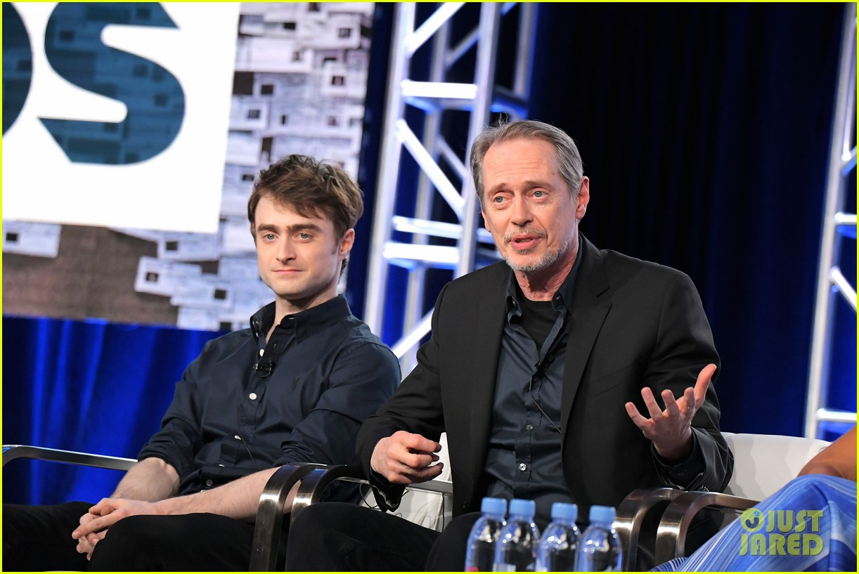 daniel radcliffe and steve buscemi bring miracle workers to winter tca tour 2018 01